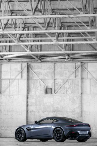 Aston Martin New Vantage 7-jpg