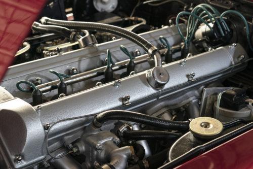 Aston Martin DB6 Vantage 4-jpg