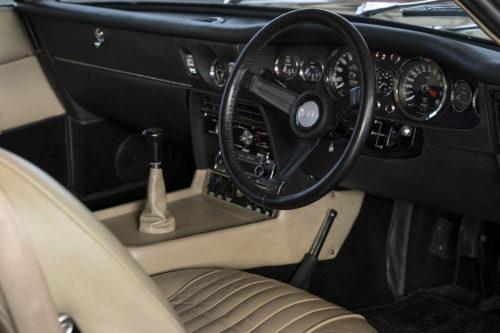 Aston Martin DBS Vantage  4-jpg