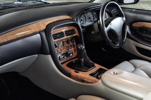 Aston Martin DB7 V12 Vantage 3-jpg
