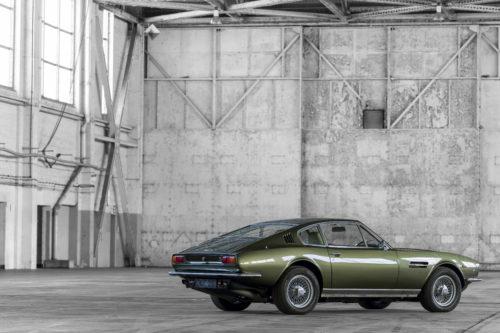 Aston Martin DBS Vantage  1-jpg