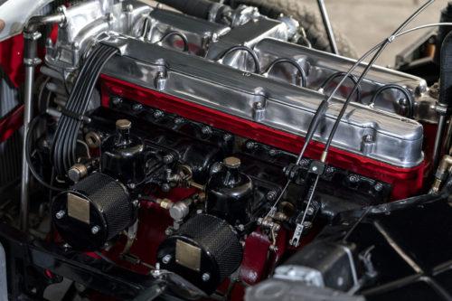 Aston Martin DB2 Vantage 3-jpg