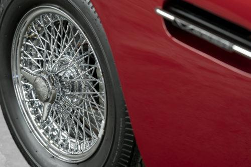 Aston Martin DB6 Vantage 8-jpg