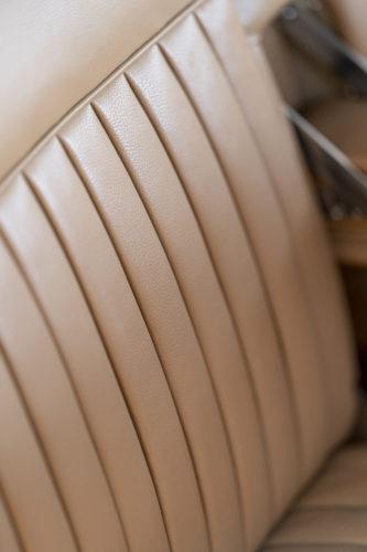 Aston Martin DB2 Vantage 5-jpg