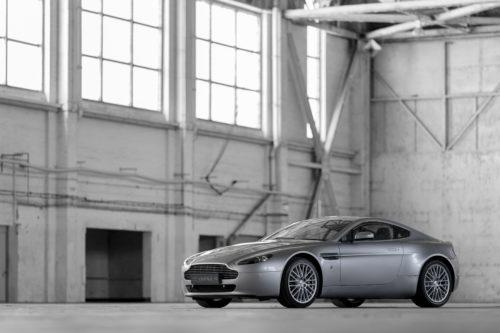 Aston Martin V8 Vantage 2005-2017 6-jpg
