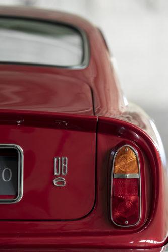 Aston Martin DB6 Vantage 1-jpg