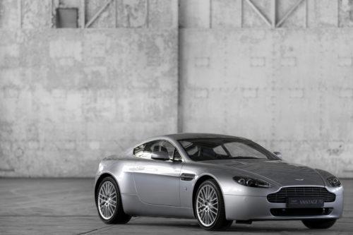 Aston Martin V8 Vantage 2005-2017 7-jpg