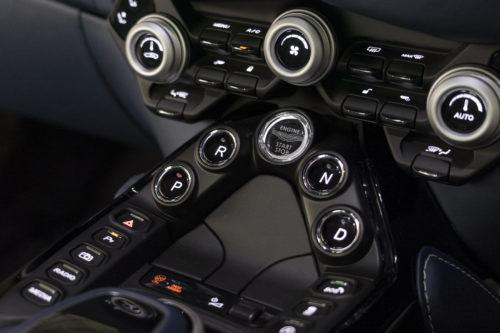 Aston Martin New Vantage 3-jpg