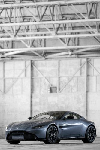Aston Martin New Vantage 6-jpg