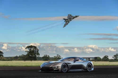 Aston Martin Vulcan 12