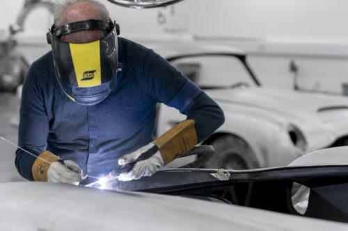 Aston Martin DB5 Goldfinger Continuation09-jpg