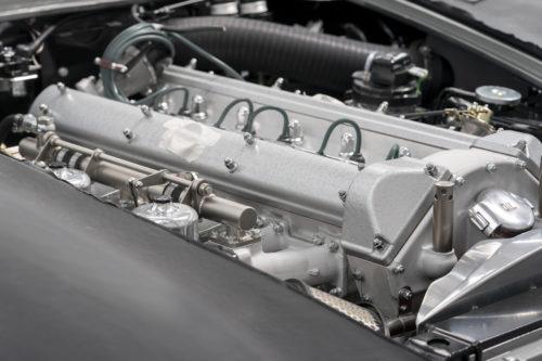 Aston Martin DB5 Goldfinger Continuation12-jpg