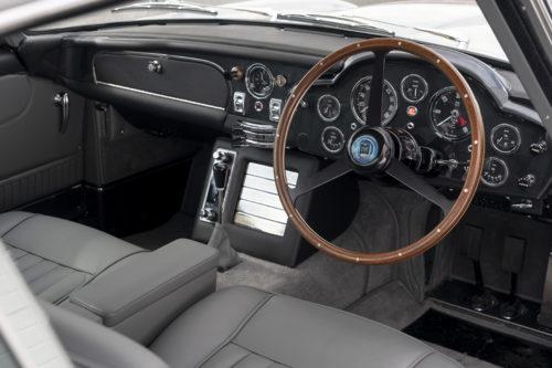 Aston Martin DB5 Goldfinger Continuation32-jpg