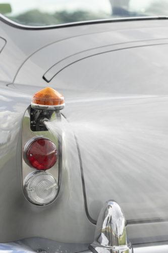 Aston Martin DB5 Goldfinger Continuation19-jpg