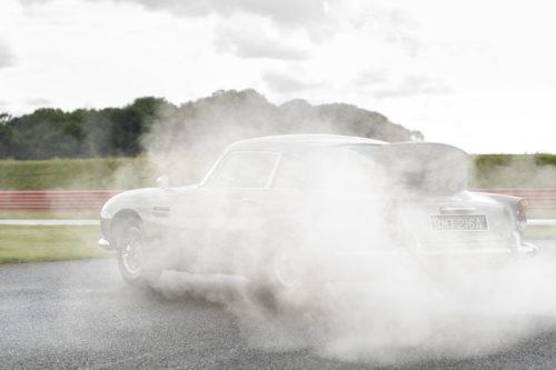 Aston Martin DB5 Goldfinger Continuation10-jpg
